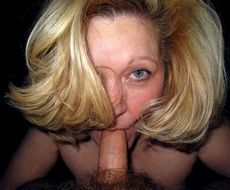 Mature wife takes cock in her mouth, homemade..